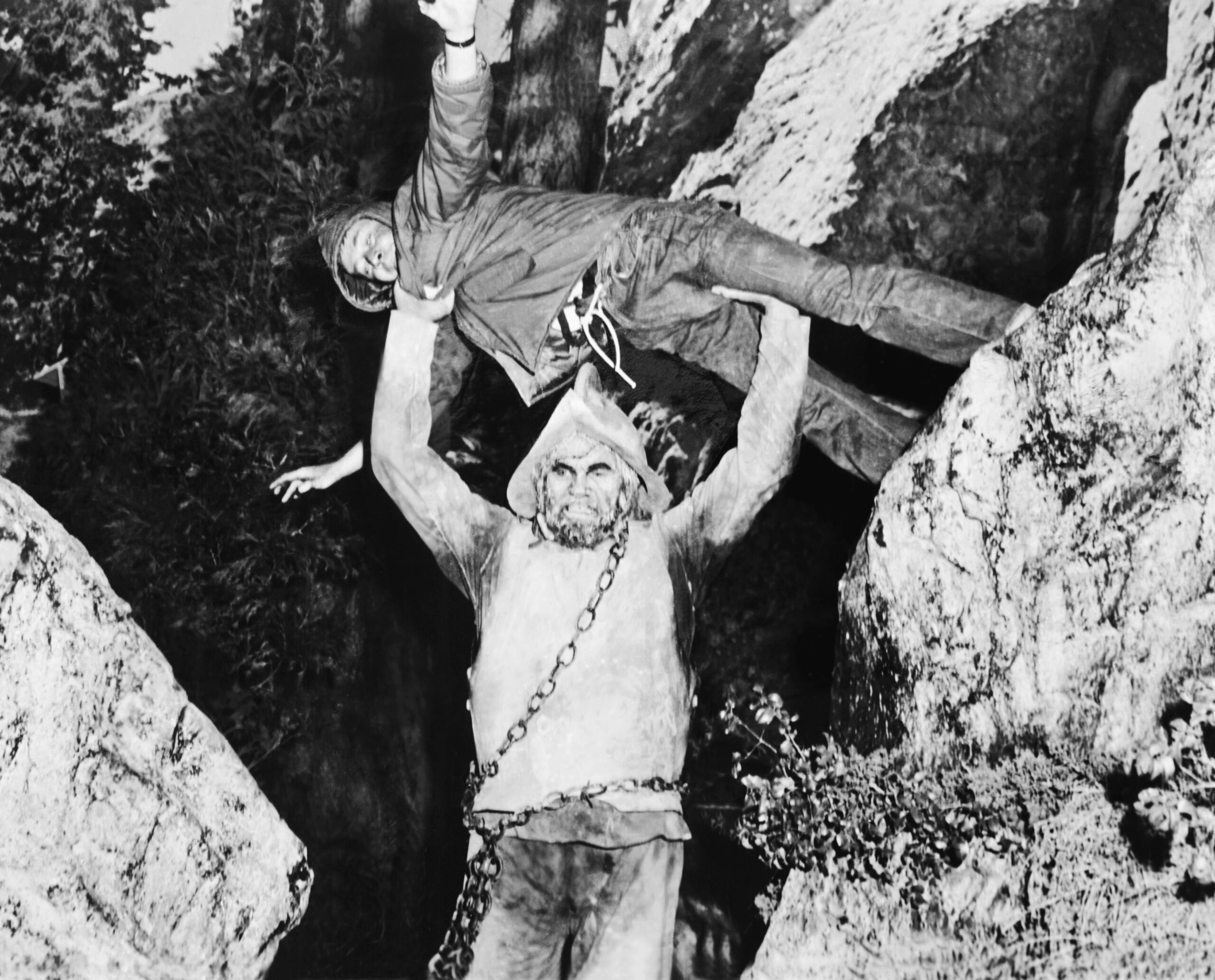 GIANT FROM THE UNKNOWN, Buddy Baer (bottom), 1958